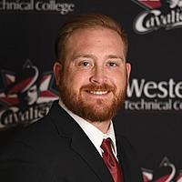 Coach Josh Knoll